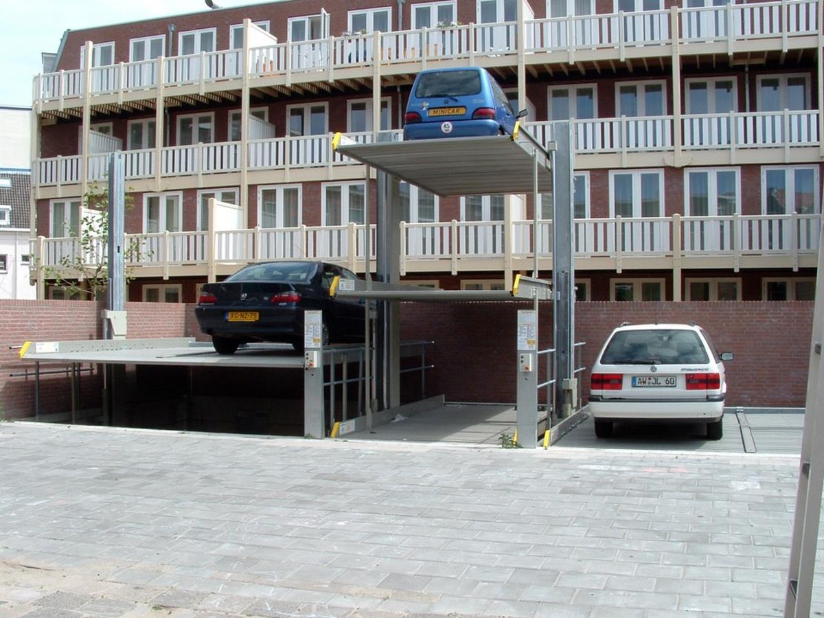 impianti di parcheggio installati all'esterno