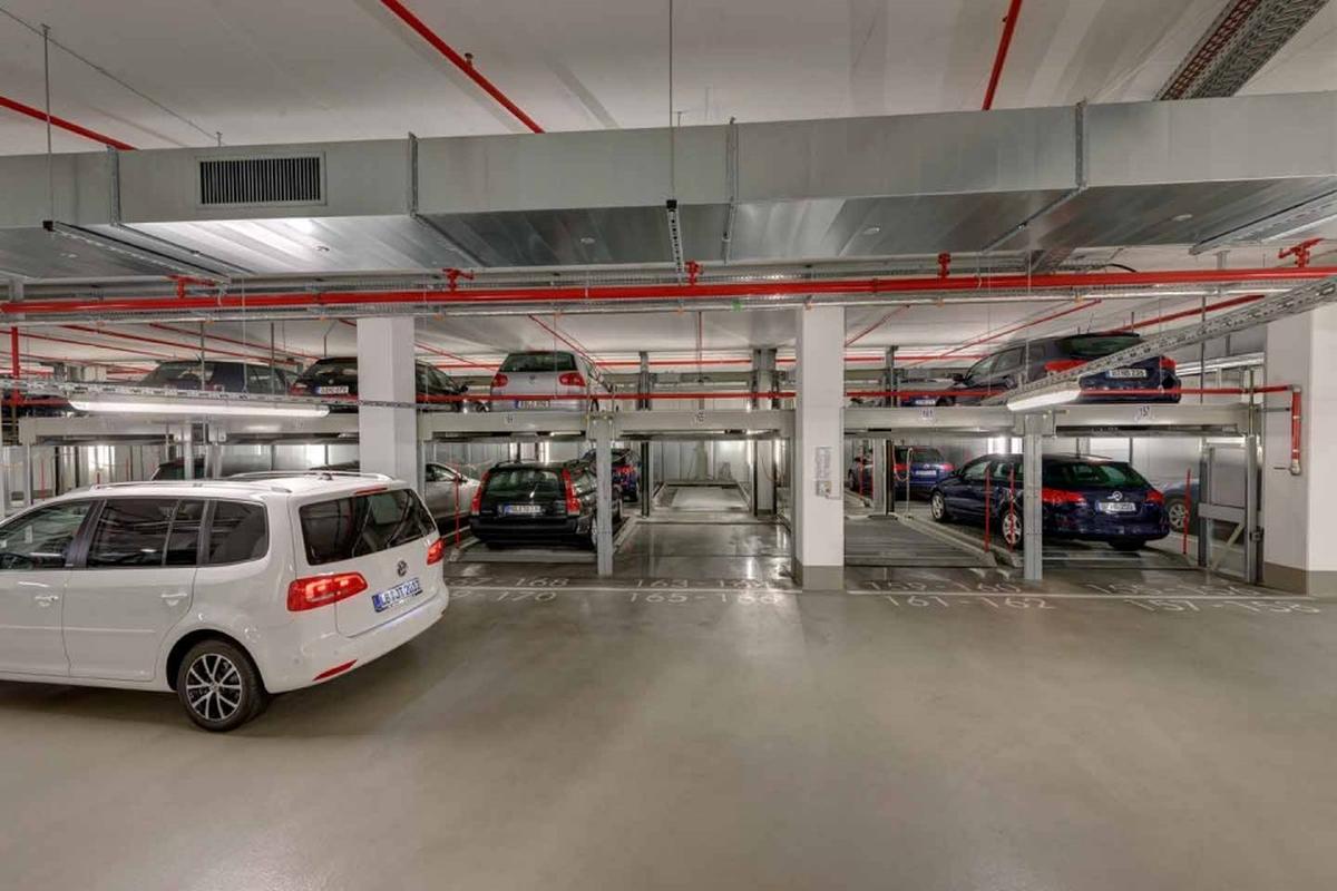 sistema di parcheggio meccanico Combilift 552