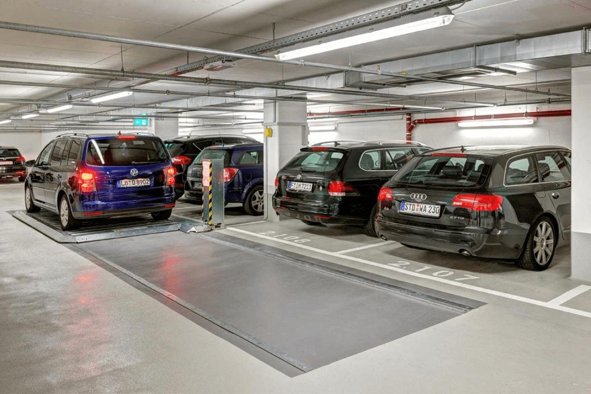 piattaforma traslante di parcheggio