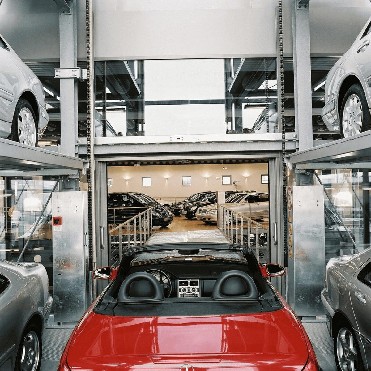torre espositiva auto
