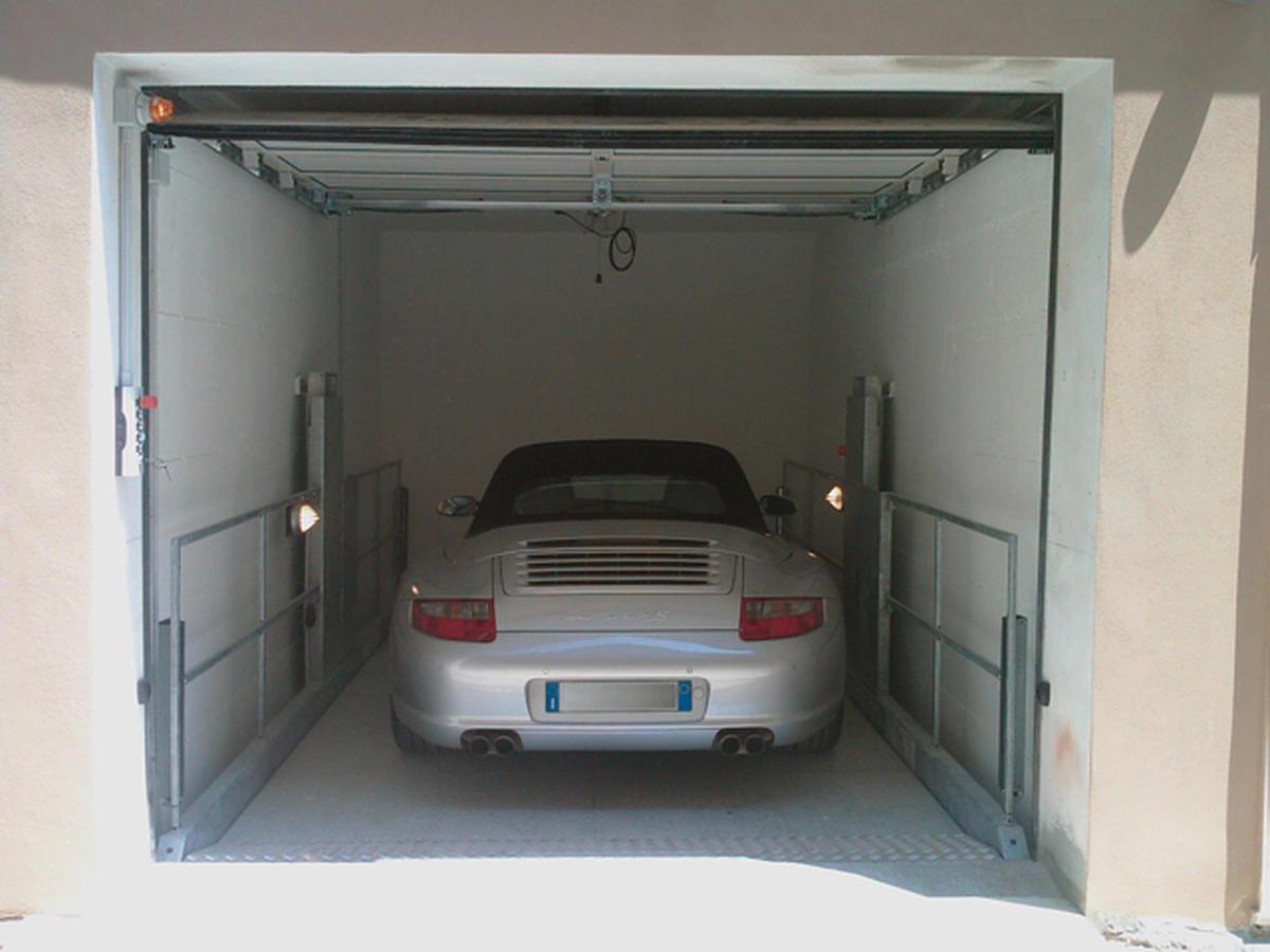 ascensori auto per raggiungere garage