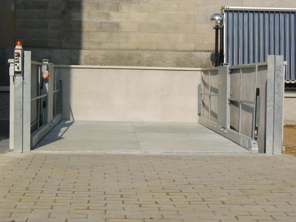 ascensori per auto installazioni all'esterno