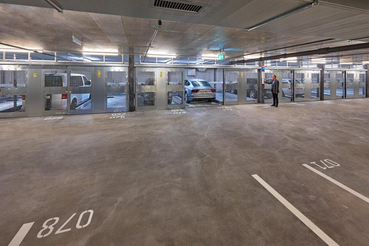 Combilift 542 parcheggio meccanizzato