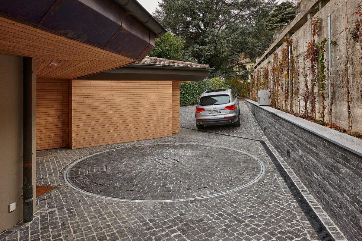 piattaforma rotante per parcheggio auto