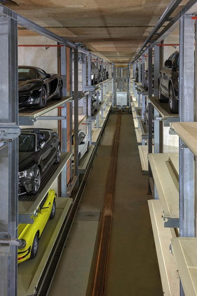 interno del parcheggio Multiparker 740
