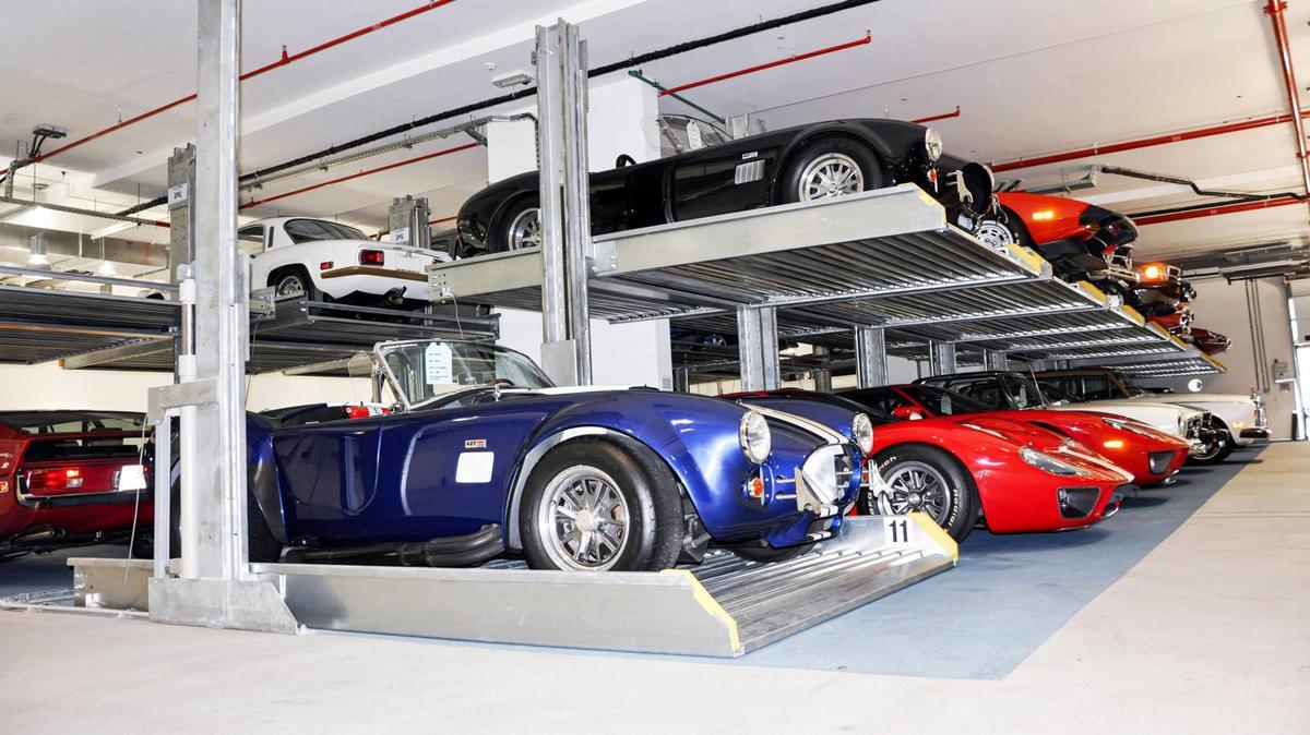 sistema di parcheggio per collezionisti auto