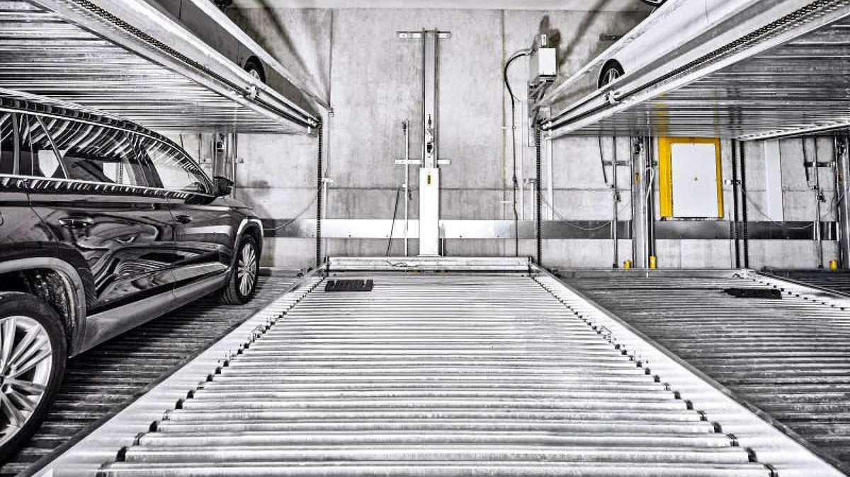 parcheggio meccanizzato su tre livelli
