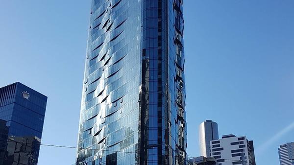 Melbourne, Shadow Play: parcheggio per 150 auto grazie al Multiparker 740